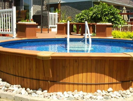 Does your pool in Ottawa need a permit?